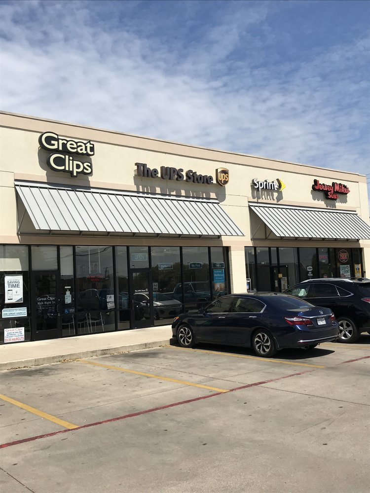 The UPS Store: 2608 N Main St, Belton, TX
