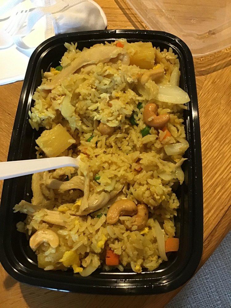 Eat Thai Cuisine: 402 E Stanley St, Granite Falls, WA