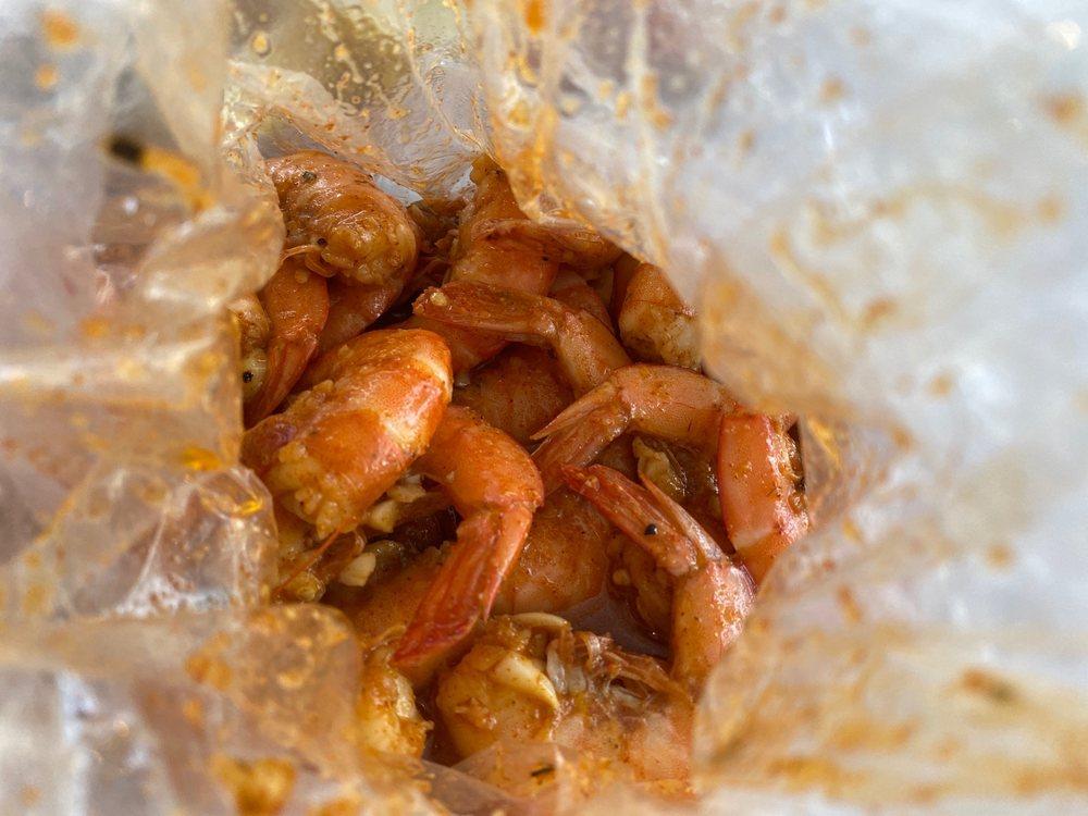 The Kickin Crab: 482 N Main St, Corona, CA
