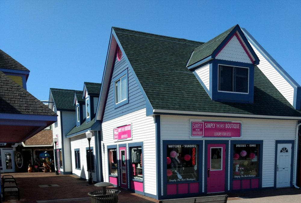 Simply the Best Boutique: 226 E Central Ave, Mackinaw City, MI