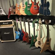 roman guitars 17 photos 16 reviews guitar stores 3485 w harmon ave las vegas nv. Black Bedroom Furniture Sets. Home Design Ideas