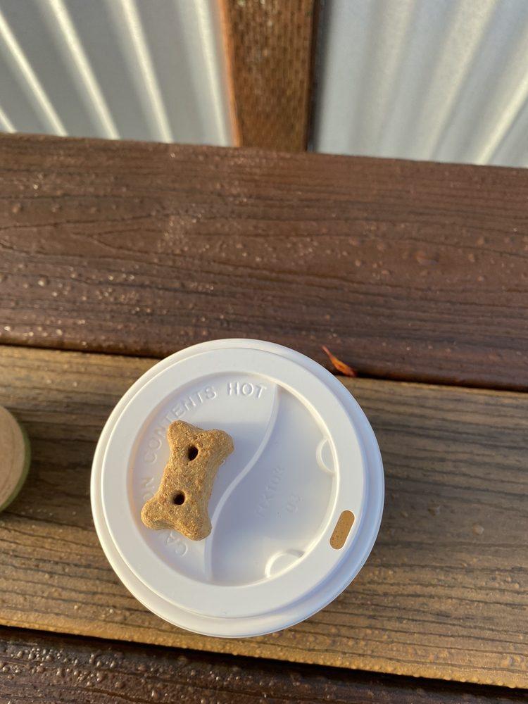 Honeycomb Coffee: 431 1st Ave, Blue Lake, CA