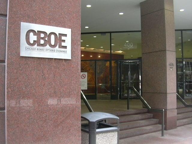 Chicago board of trade options calculator