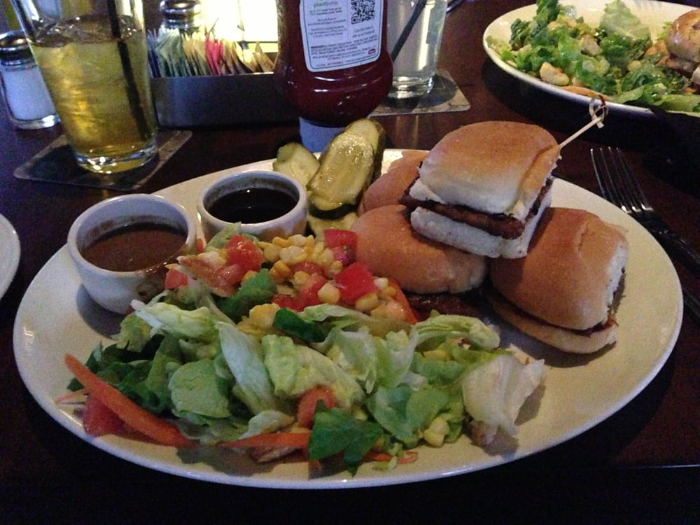 Gardein sliders with side salad ask for the bourbon bbq for Classic sliders yard house
