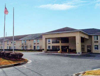 Days Inn by Wyndham Vidalia: 1509 East 1st  St, Vidalia, GA