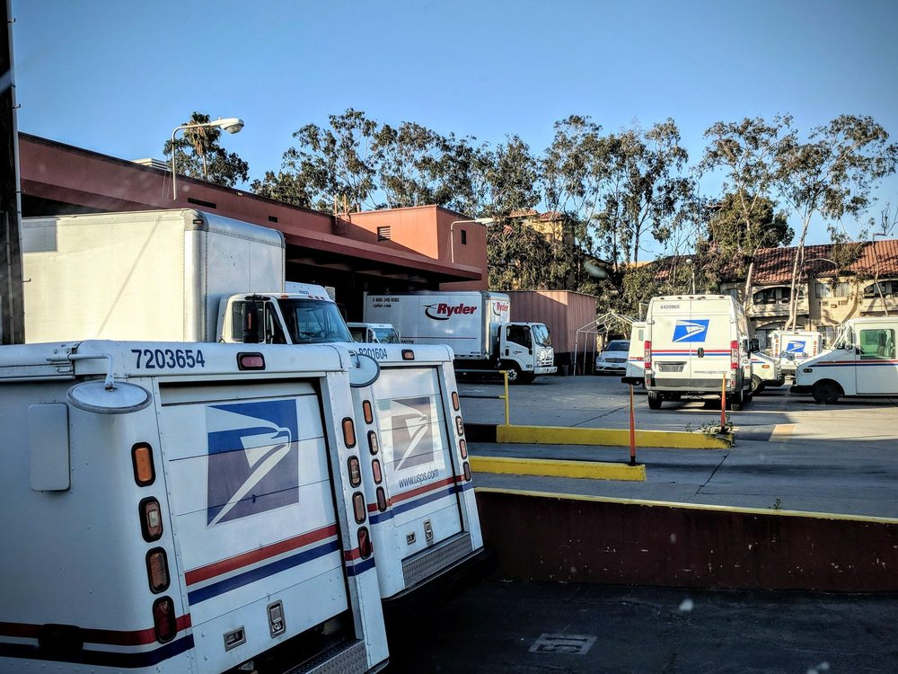 US Post Office: 10 W Bay State St, Alhambra, CA