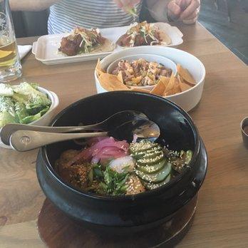 Earls kitchen bar 129 photos 144 reviews canadian for Fish me poke menu