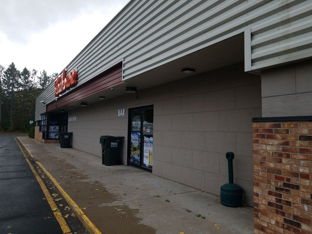 Hinckley Firehouse Liquor Store: 324 Fire Monument Rd, Hinckley, MN