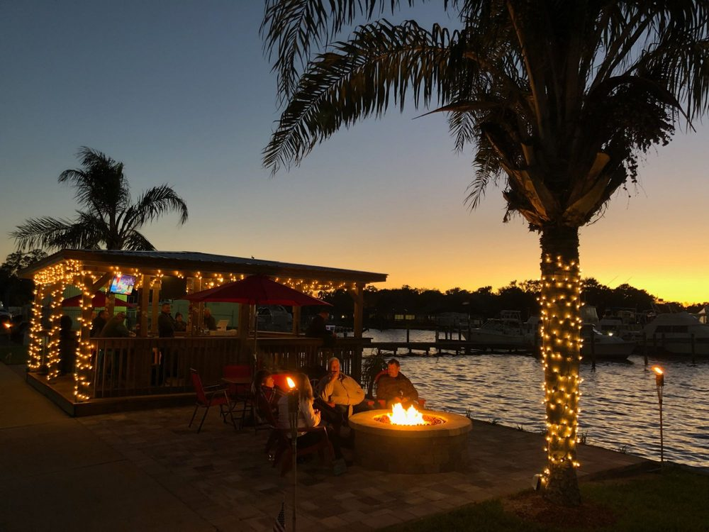 Sunset Tiki Bar: 3108 US-17, Fleming Island, FL