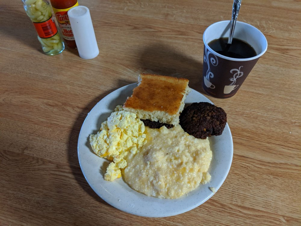 Hunter's Cafe: 310 Macon Ave, Jackson, GA