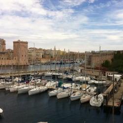 Rowing Club de Marseille - Marseille, France. Vue sur le port de Marseille