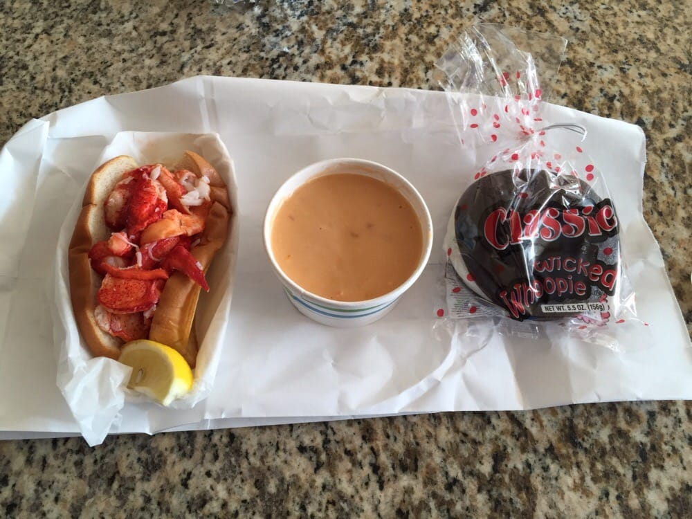 Maine lobster roll, lobster bisque, whoopee pie - Yelp