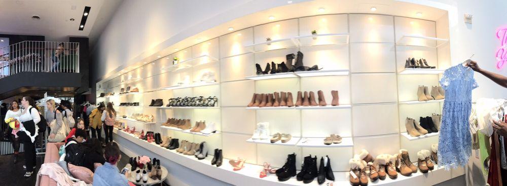Shein Pop Up Store: 382 W Broadway, New York, NY