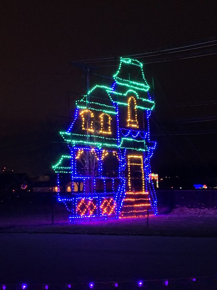 Magic of Lights - Northeast Ohio: 19201 E Bagley Rd, Middleburg Heights, OH