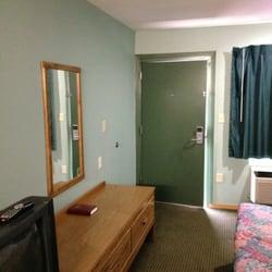 Photo Of Magnolia Lodge Winona Ms United States Dresser