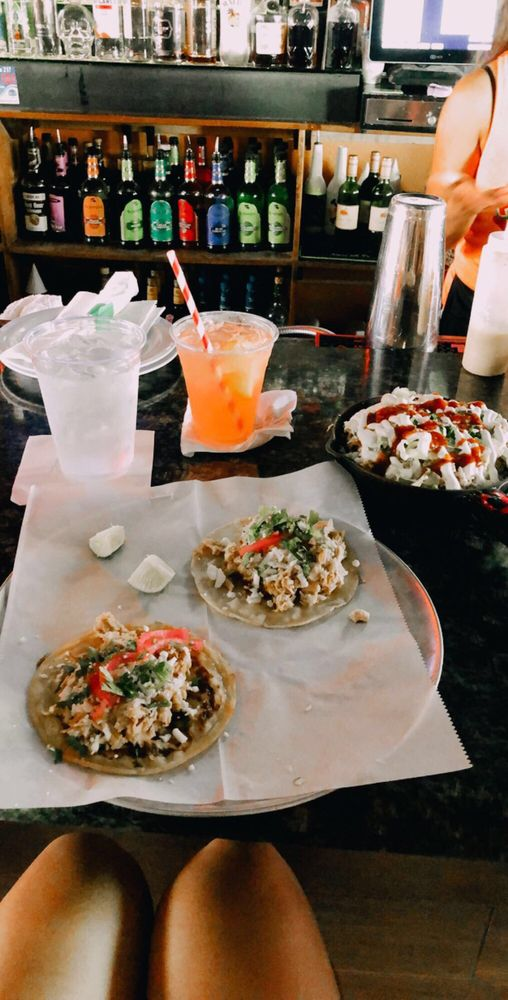 Pan Filo's: 656 S Gulfview Blvd, Clearwater, FL