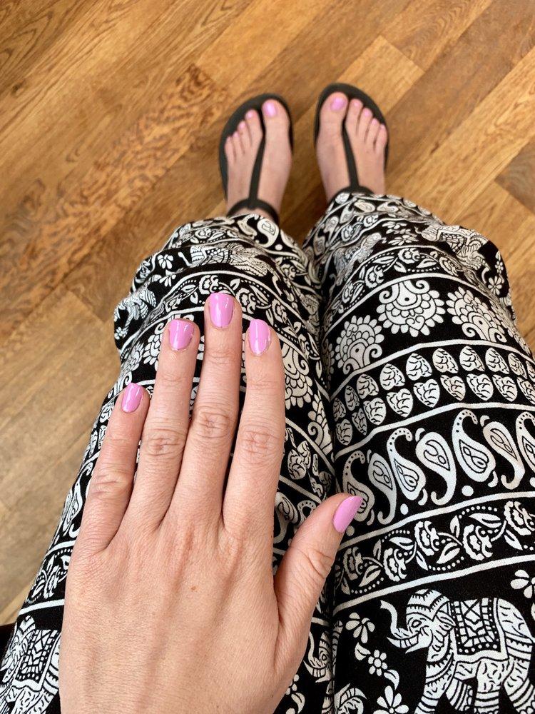 Cambridge Nails and Skin Spa: 2096 Massachusetts Ave, Cambridge, MA
