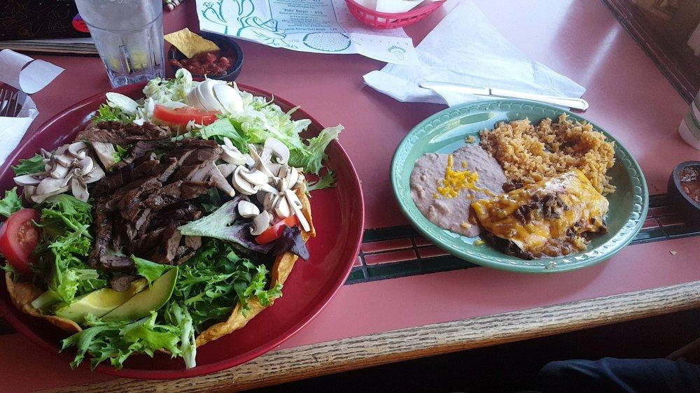 Casa Ramos Mexican Restaurant: 145 Montague Rd, Yreka, CA