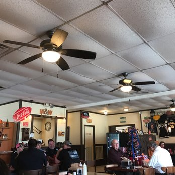 Photo Of M W Smokehouse Bbq Bonifay Fl United States Inside The Restaurant