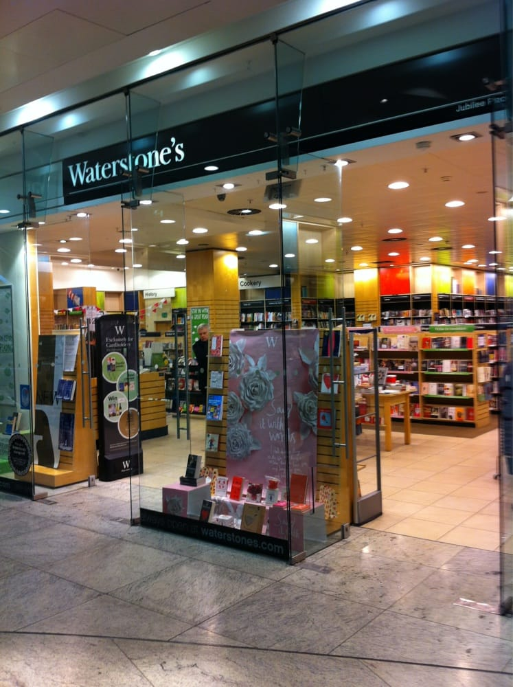 This shop is permanently closed. Customers can still find great books, close by at Cabot Place, Canary Wharf.