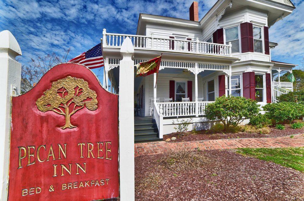 Pecan Tree Inn: 116 Queen St, Beaufort, NC