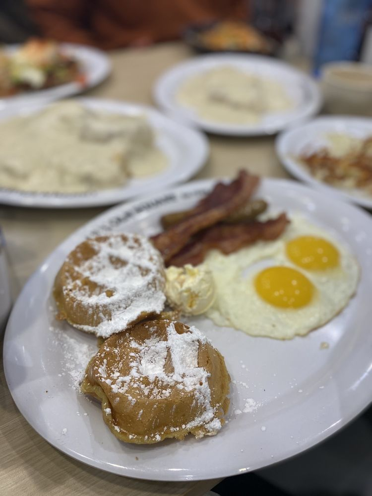 Lincoln Square Pancake House: 8150 Oaklandon Rd, Indianapolis, IN