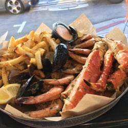 Photo Of Roe Xpress Long Beach Ca United States The Seafood Platter
