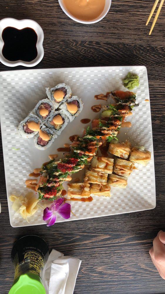 HANA Japanese Restaurant: 7 Continental Blvd, Merrimack, NH