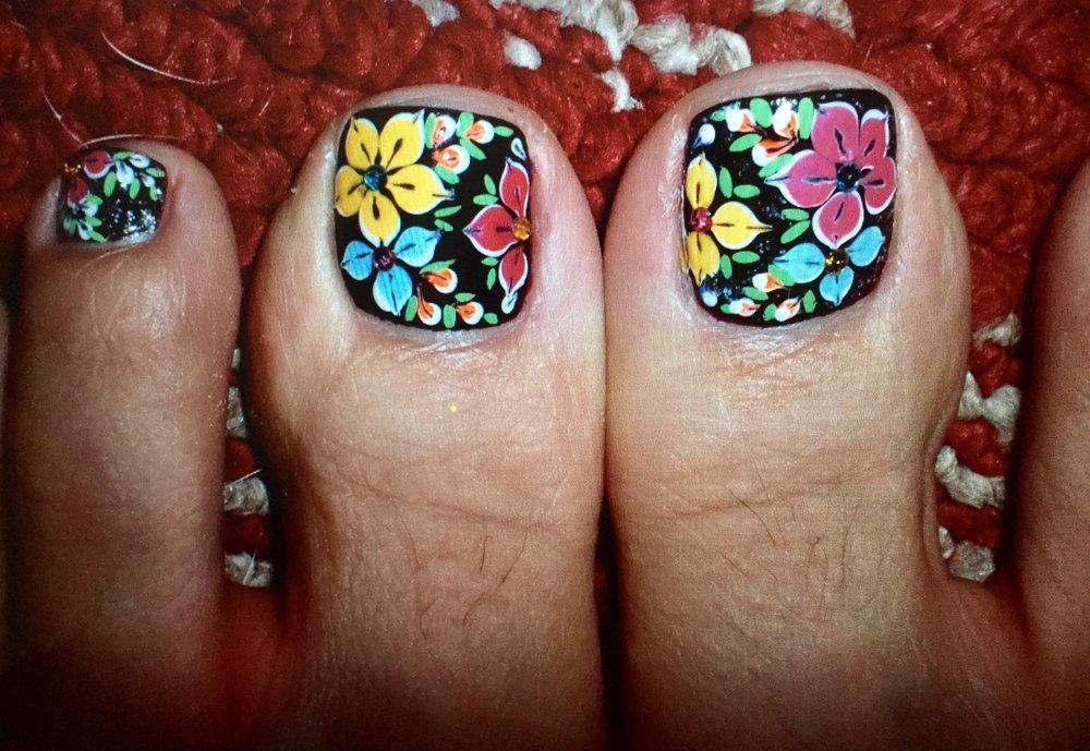 Awesome Nails & Spa: 7171 E Cave Creek Rd, Carefree, AZ