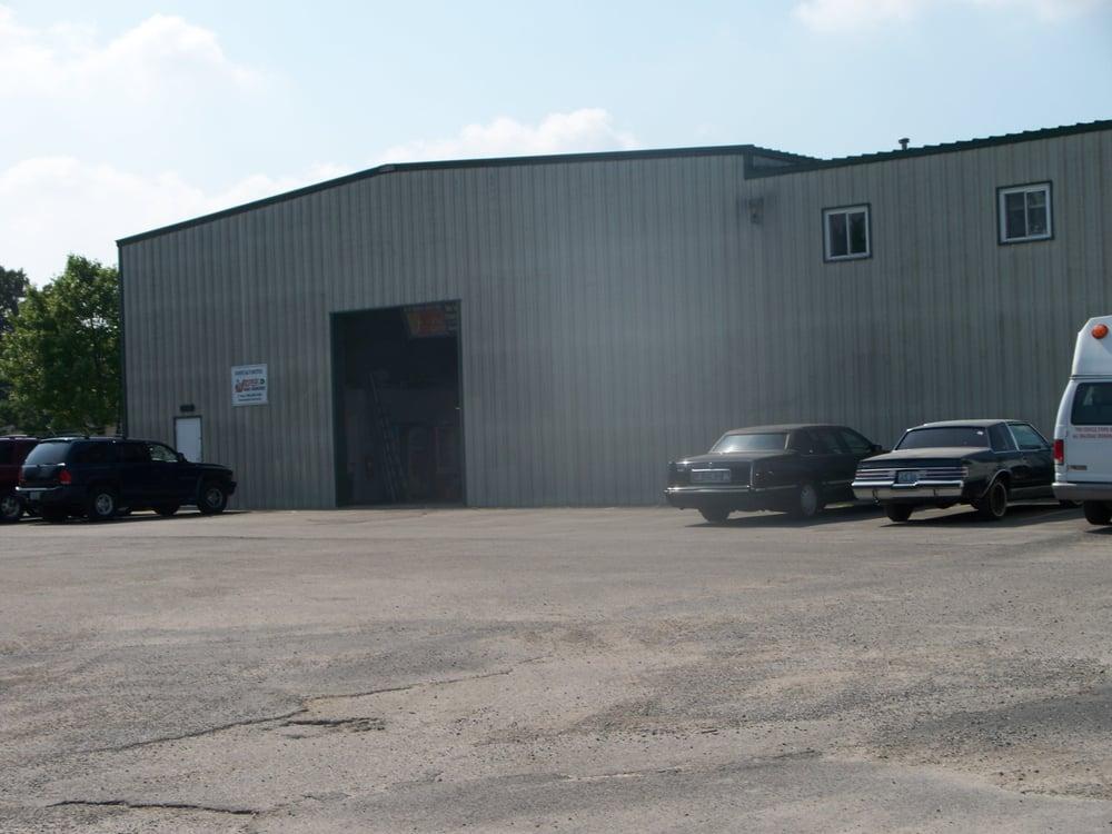 HD Automotive: 2580 Millers Ln, Louisville, KY