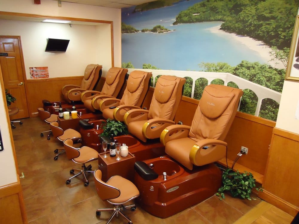 Fifth avenue beauty and spa 19 reviews nail salons for 5th avenue beauty salon