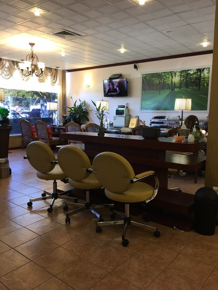 Top Nails and Spa: 1212 E Putnam Ave, Riverside, CT