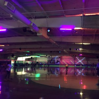 Photo of Xtreme Wheels Inline Roller Skating Rink - Crystal Lake IL United States & Xtreme Wheels Inline Roller Skating Rink - 12 Photos u0026 13 Reviews ... azcodes.com