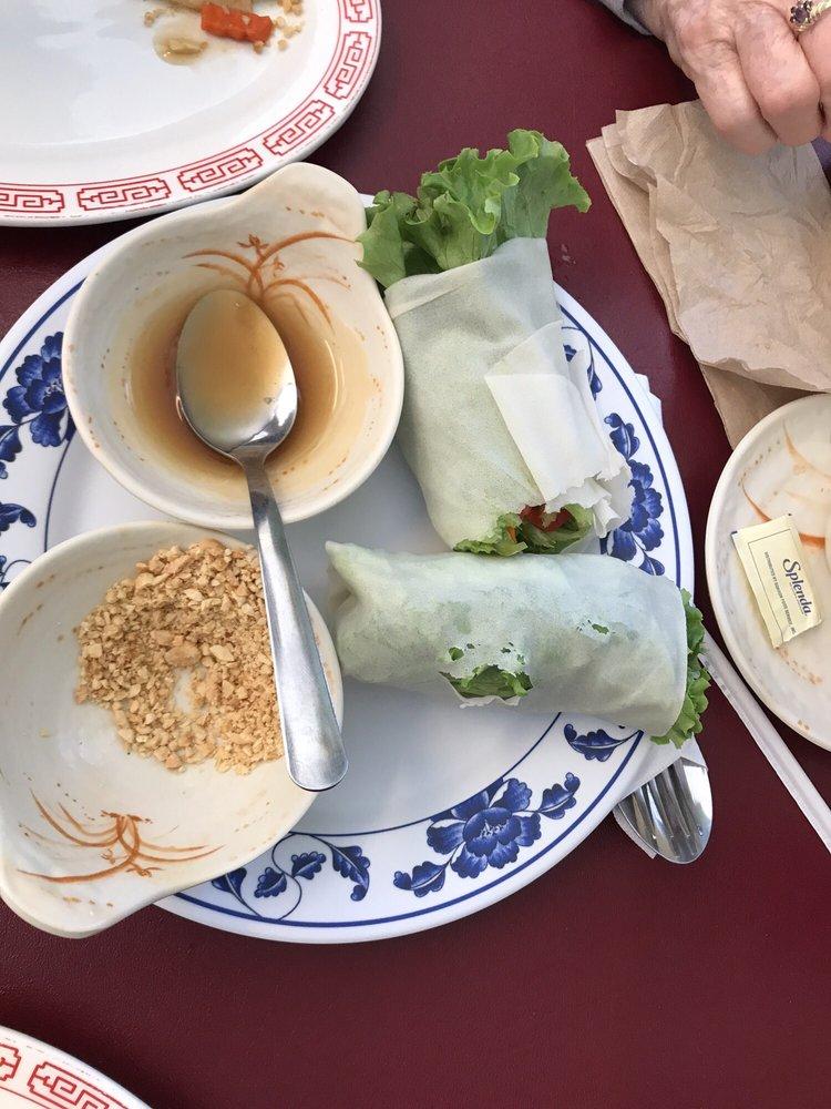 Dhing's Thai-Philippine Cuisine: 4000 E Market St, Logansport, IN