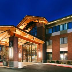 Photo Of Best Western Premier Boulder Falls Inn Lebanon Or United States