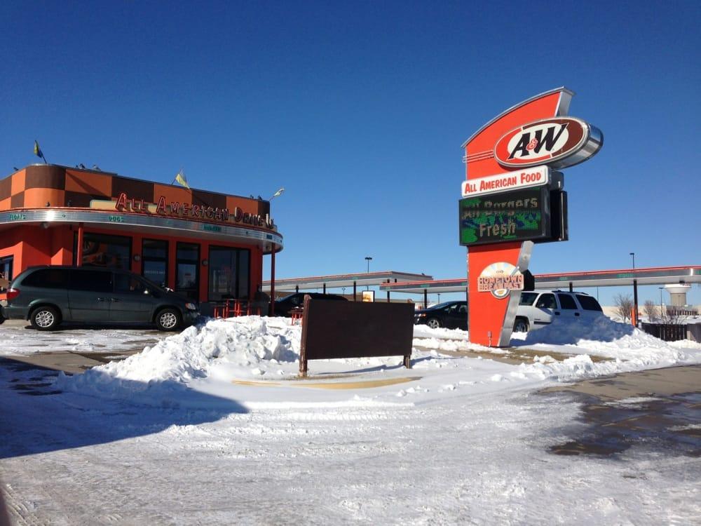 A&W Restaurants | 1903 N 14th Ave, Dodge City, KS, 67801 | +1 (620) 227-3200