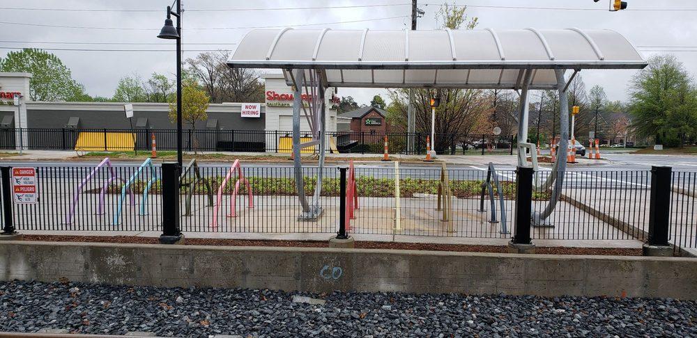 Lynx McCollough Station