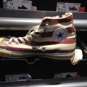 Converse Store Recycle Shoes