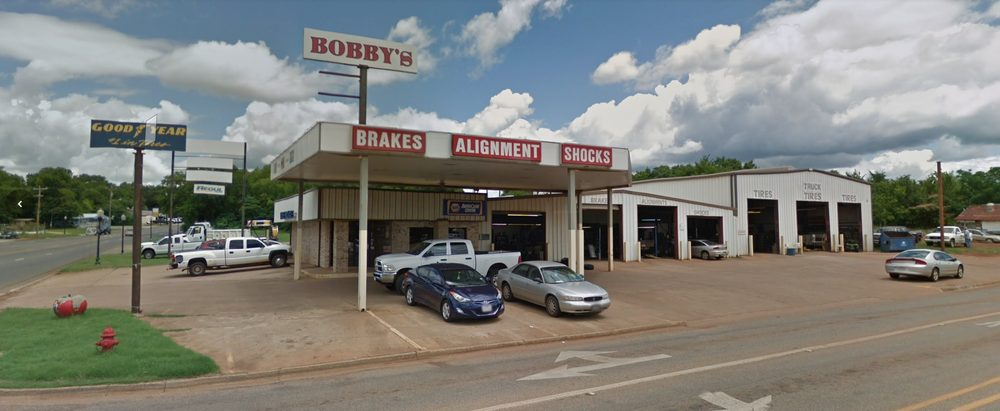 Bobby's Tire And Auto Service: 302 N Jackson St, Jacksonville, TX