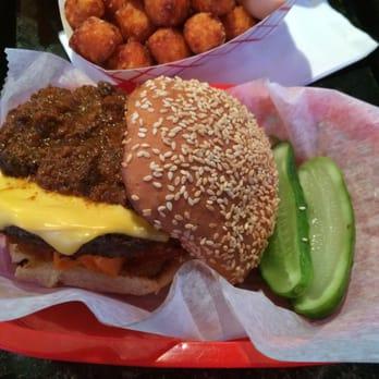 Bonzo S Magic Burger Closed 54 Photos 41 Reviews Burgers 257 Nassau Blvd Garden City