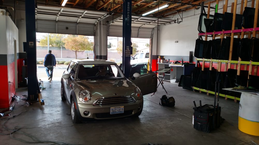 California Auto Glass & Window Tint