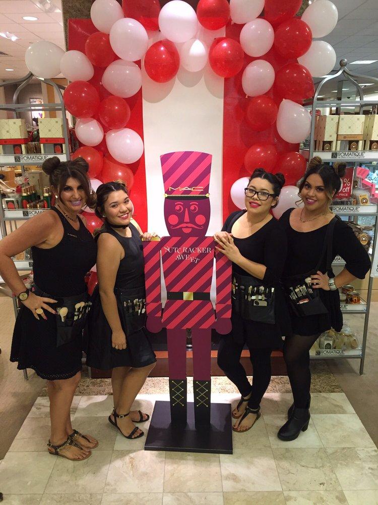 MAC Cosmetics: 5601 Hwy 95, Lake Havasu City, AZ