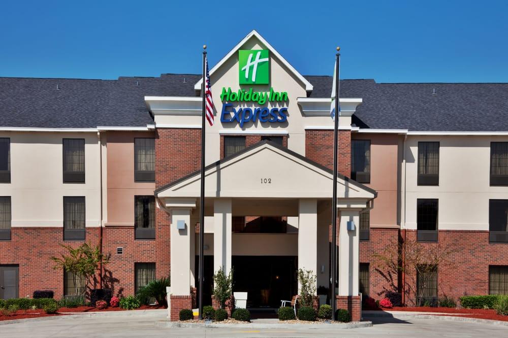 Holiday Inn Express & Suites Sulphur