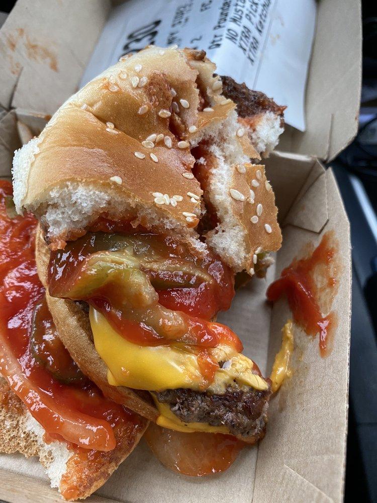 McDonald's: 601 S 4th St, Abbotsford, WI
