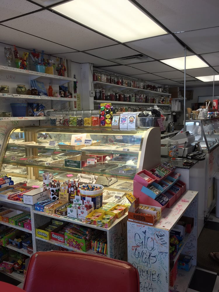 Sweets and Treats: 10651 Gulf Blvd, Treasure Island, FL
