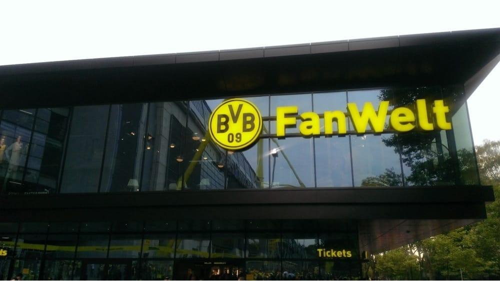bvb fanwelt sportverein strobelallee 54 dortmund nordrhein westfalen yelp. Black Bedroom Furniture Sets. Home Design Ideas