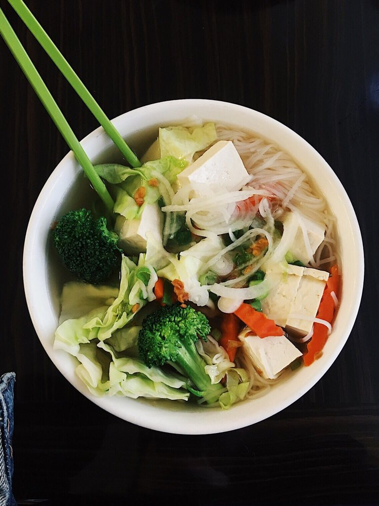 Pho Noodle House: 1898 Bird St, Oroville, CA