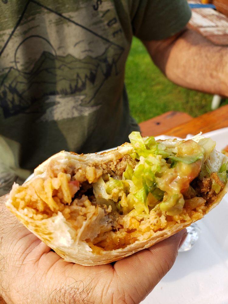 LT's Tacos: 105 M-66, Charlevoix, MI