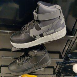 fc752fd71eee Foot Locker - 15 Reviews - Shoe Stores - 3401 Dale Rd