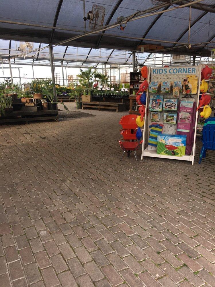 Shorty's Garden Center: 705 Ne 199th St, Ridgefield, WA